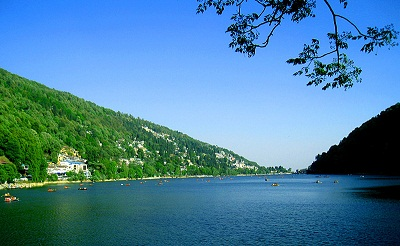 Agra-Nainital Students Tour Package